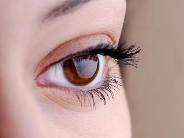 Permanent Make-up Augenlider Regine Plochmann